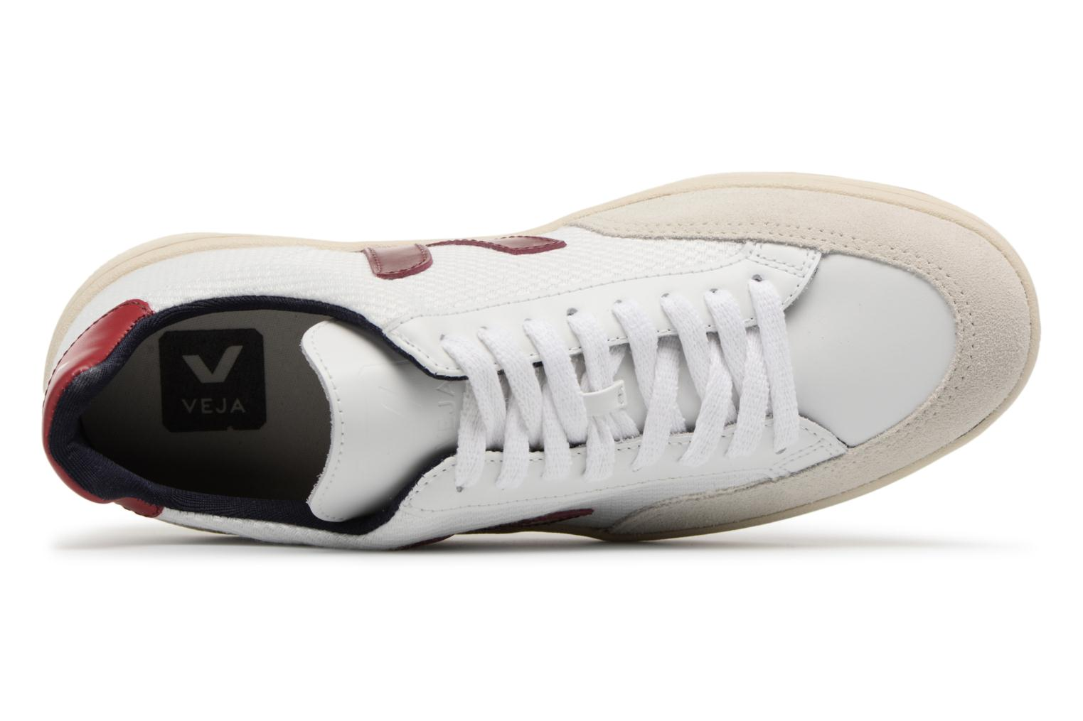 Trainers Veja V-12 W Beige view from the left