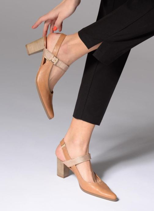 High heels Karston Kzoto Brown view from underneath / model view