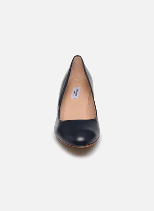 Zapatos de tacón L.K. Bennett Eevi Azul vista del modelo