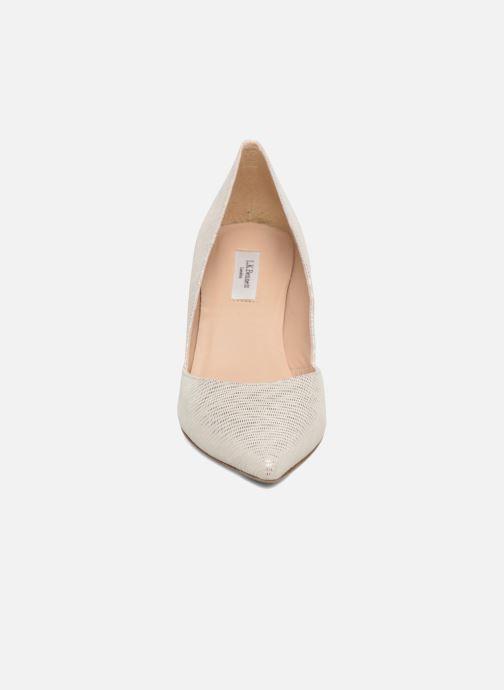 Escarpins L.K. Bennett Elena Argent vue portées chaussures