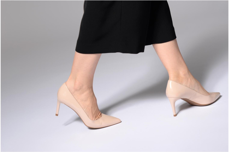 High heels L.K. Bennett Caisie Beige view from underneath / model view