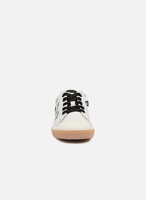 Baskets Stones and Bones Clean Blanc vue portées chaussures
