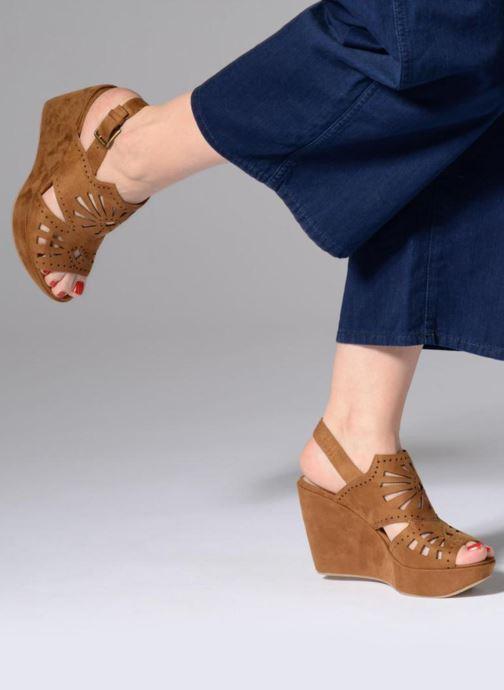 Sandales et nu-pieds Chattawak LISERON Marron vue bas / vue portée sac