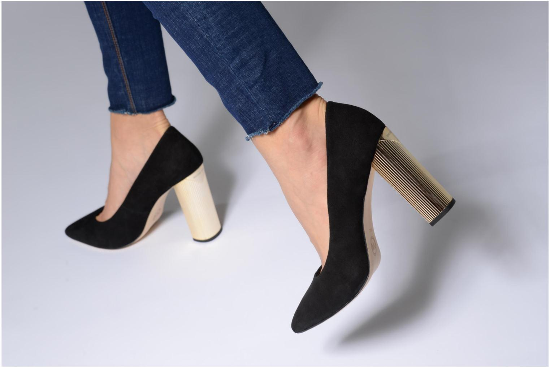 High heels Michael Michael Kors Paloma Pump Black view from underneath / model view