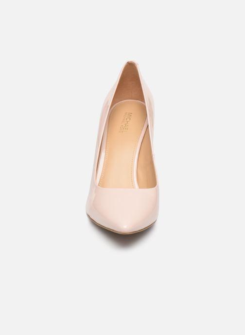 Escarpins Michael Michael Kors Claire Pump Rose vue portées chaussures