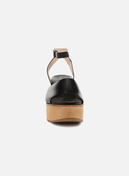 Sandalen Neosens BREVAL S507 schwarz schuhe getragen