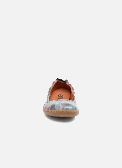 Ballerines Art Kio 1290F Bleu vue portées chaussures