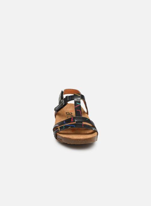 Sandali e scarpe aperte Art I Breathe 946F Nero modello indossato