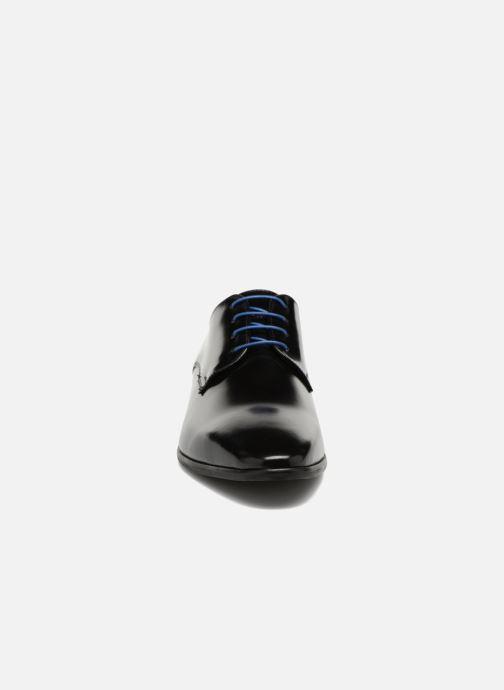 Scarpe con lacci Azzaro Valmi Nero modello indossato