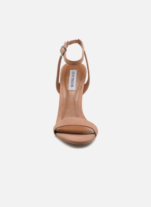 Sandales et nu-pieds Steve Madden Landen High Heel Sandal Marron vue portées chaussures
