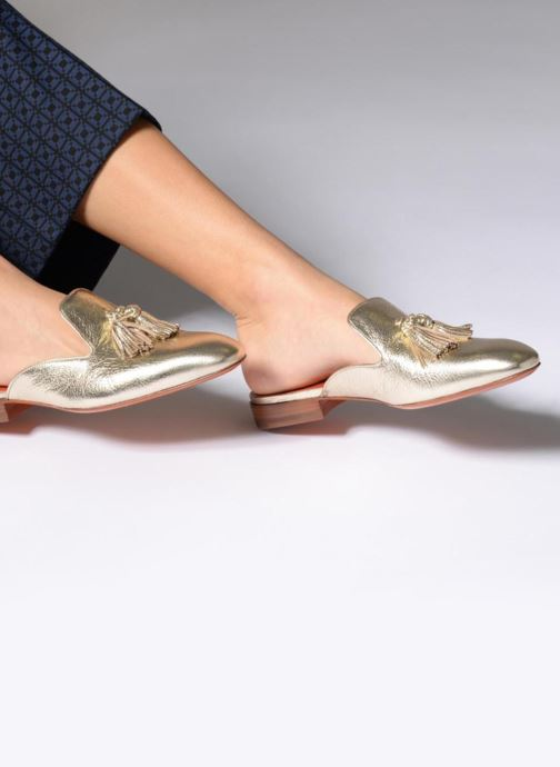 Mules & clogs Santoni Victoria Bronze and Gold view from underneath / model view