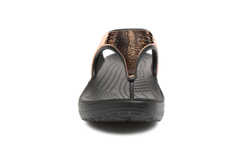 Tongs Crocs Sloane Hammered Met Flip W Or et bronze vue portées chaussures