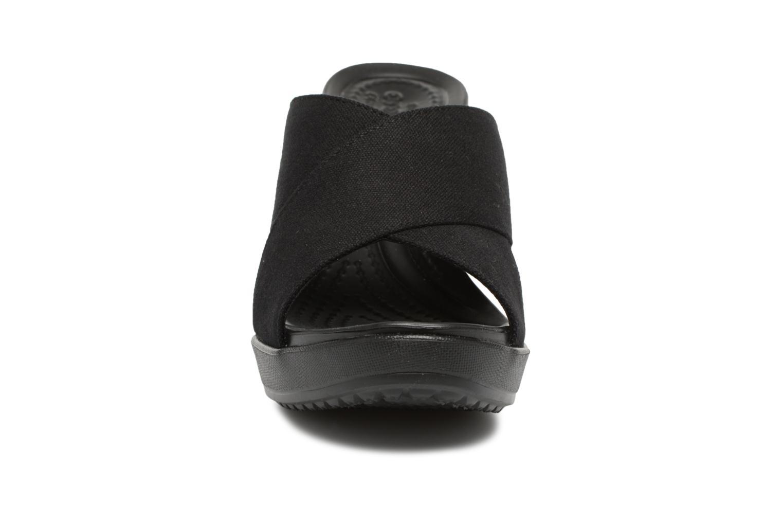 Mules et sabots Crocs Leigh II XStrap Wedge Noir vue portées chaussures