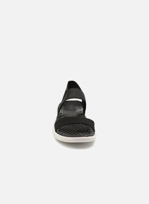 Sandalias Crocs LiteRide Sandal W Negro vista del modelo