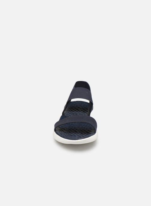 Sandalen Crocs LiteRide Sandal W blau schuhe getragen