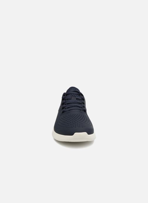 Sneaker Crocs LiteRide Pacer M blau schuhe getragen
