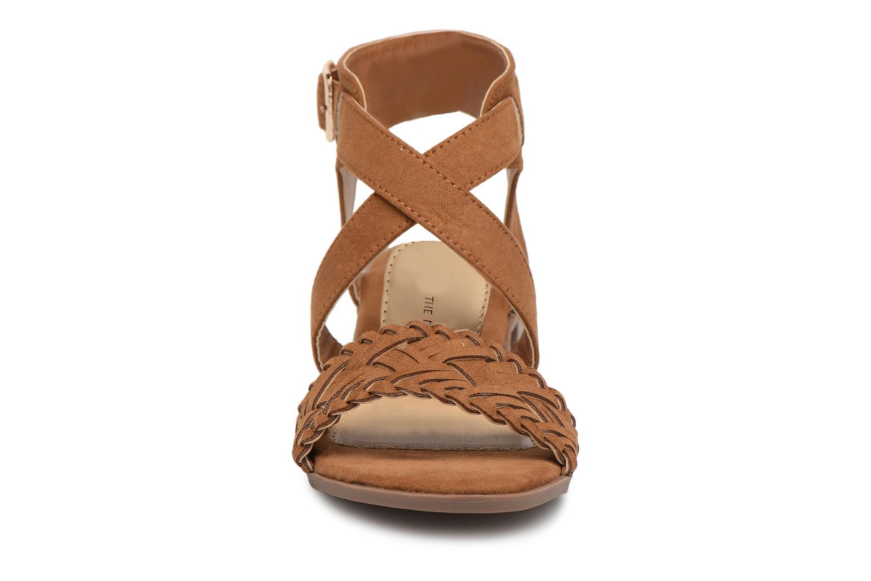 Sandales et nu-pieds Divine Factory Marine Marron vue portées chaussures