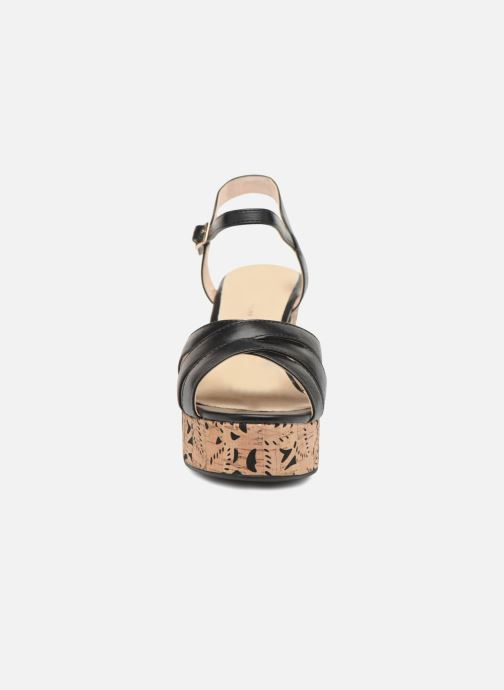 Sandales et nu-pieds Divine Factory Louise Noir vue portées chaussures