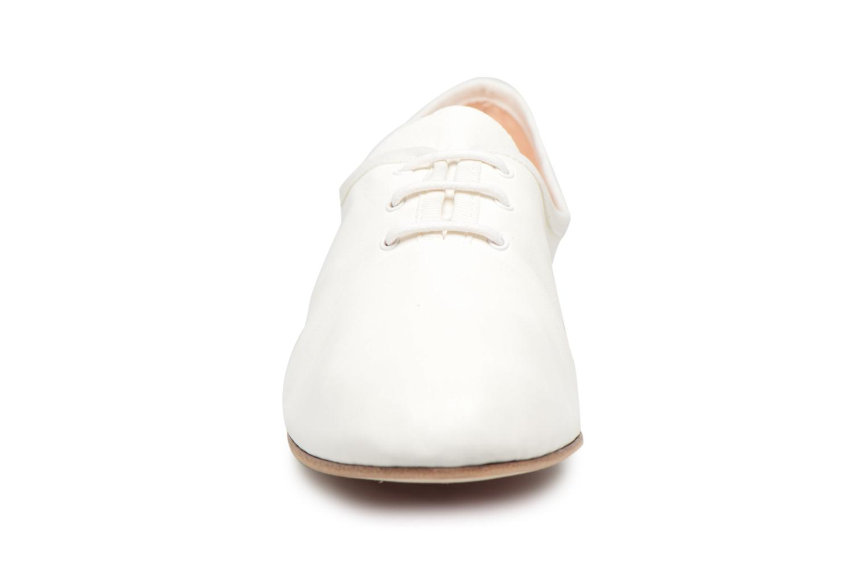 Chaussures à lacets Opéra national de Paris Elme 1421 Blanc vue portées chaussures