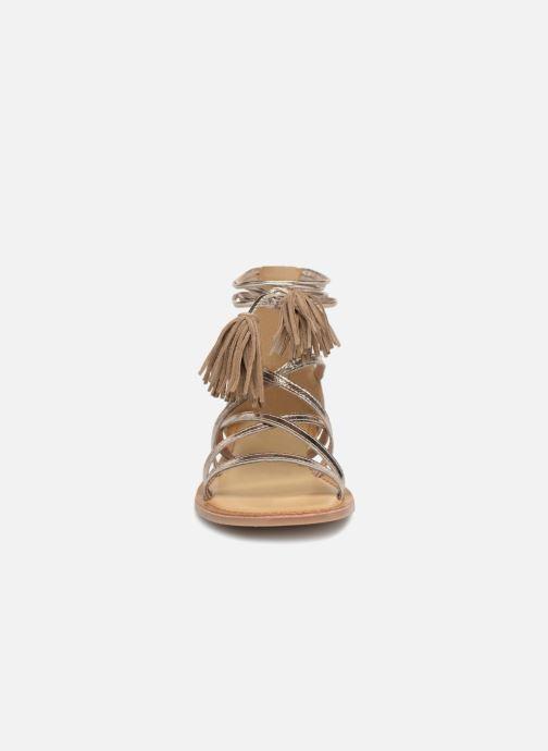 Sandali e scarpe aperte I Love Shoes Kemila Leather Oro e bronzo modello indossato
