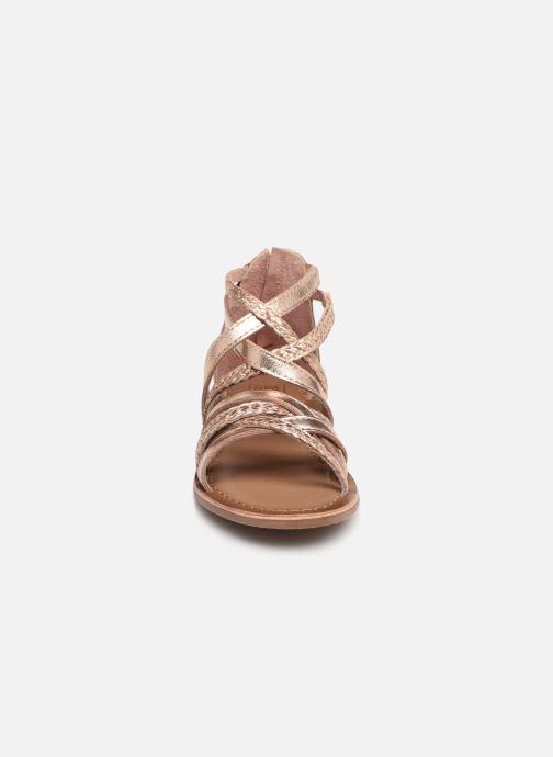 Sandali e scarpe aperte I Love Shoes Kepola Leather Oro e bronzo modello indossato