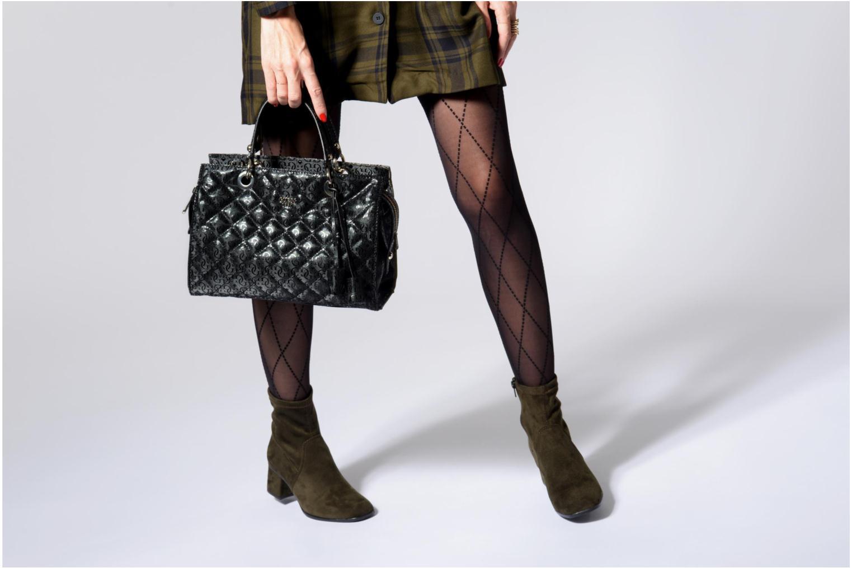 Handtassen Guess Seraphina Satchel Zwart boven