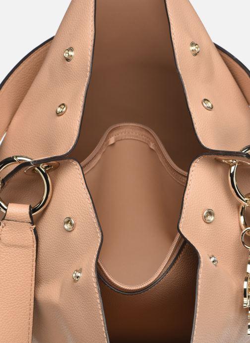 Handväskor Guess Digital Hobo Beige bild från baksidan
