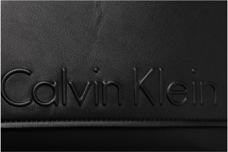 Sacs homme Calvin Klein Elevated Logo Flat Crossover Noir vue gauche