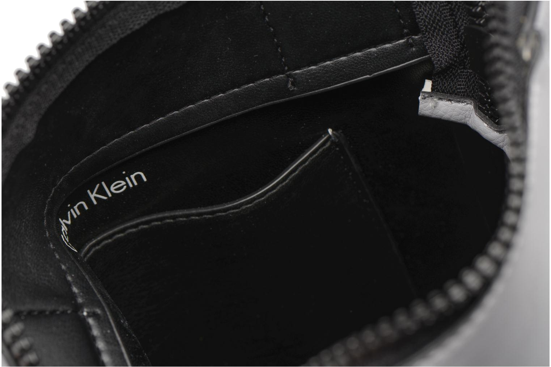 Sacs homme Calvin Klein Elevated Logo Flat Crossover Gris vue derrière