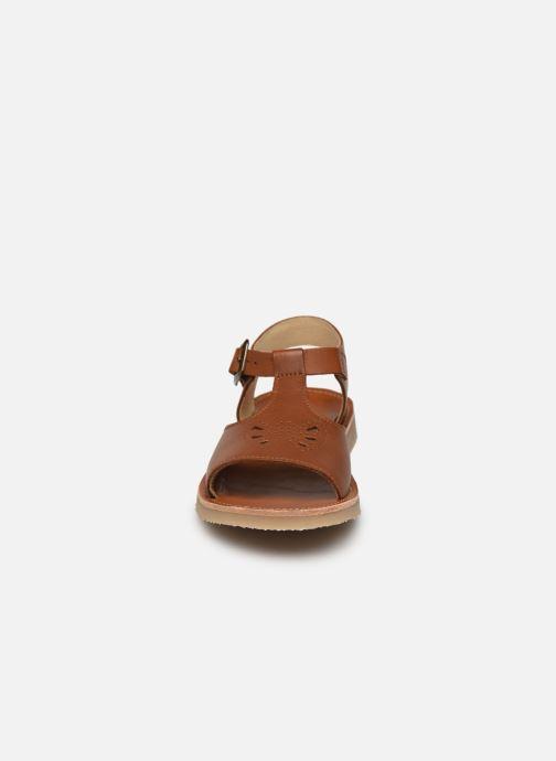 Sandales et nu-pieds Young Soles Belle Marron vue portées chaussures