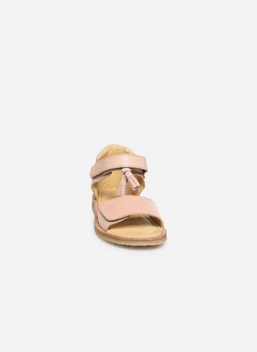 Sandales et nu-pieds Young Soles Flo Rose vue portées chaussures