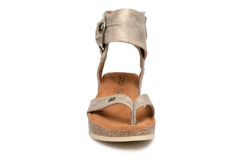 Sandales et nu-pieds Les P'tites Bombes Kelly Or et bronze vue portées chaussures