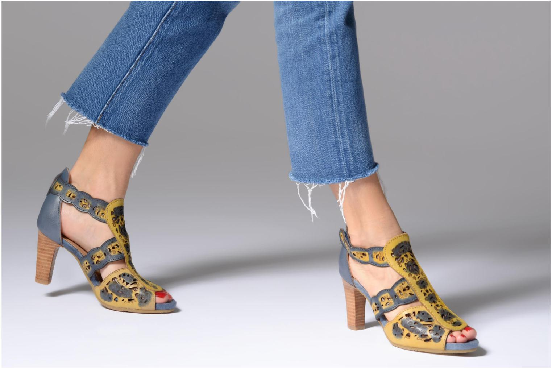 Sandales et nu-pieds Laura Vita Albane 128 Bleu vue bas / vue portée sac