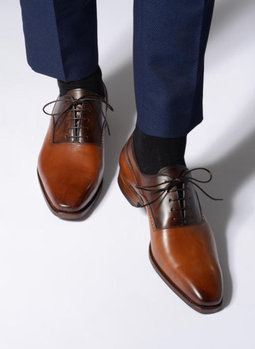 Chaussures à lacets Marvin&Co Luxe Westminster - Cousu Goodyear Marron vue bas / vue portée sac