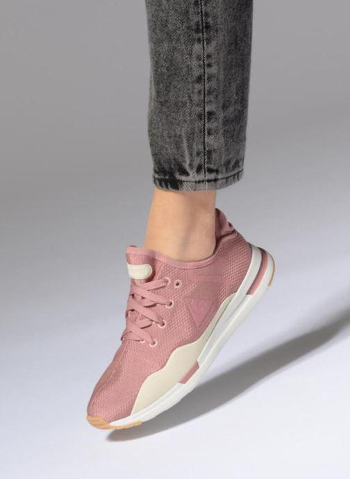 Sneaker Le Coq Sportif Solas W Summer Flavor rosa ansicht von unten / tasche getragen