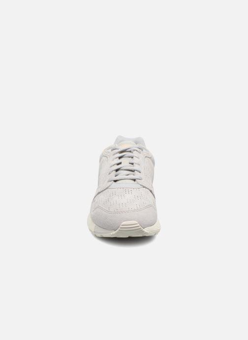 Baskets Le Coq Sportif Omega X W Summer Flavor Beige vue portées chaussures