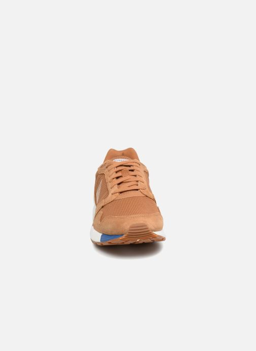 Trainers Le Coq Sportif Omega X Sport Brown model view