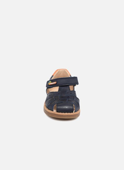 Sandali e scarpe aperte Pablosky Flavio Azzurro modello indossato