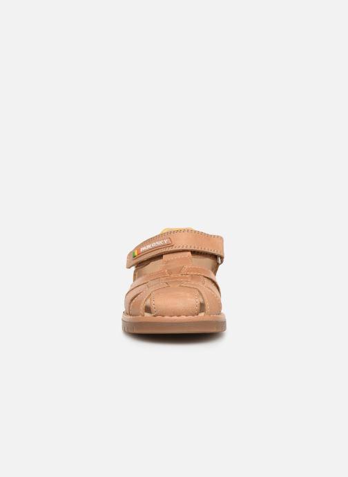Sandales et nu-pieds Pablosky Flavio Marron vue portées chaussures
