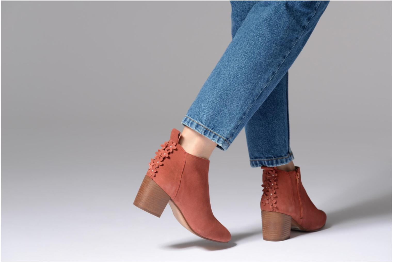 Bottines et boots Esprit Candy Bootie Rouge vue bas / vue portée sac