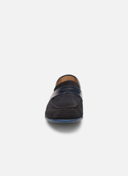Mocassins Doucal's MIRCO Bleu vue portées chaussures