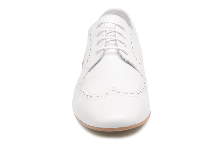 Chaussures à lacets Georgia Rose Taflora Blanc vue portées chaussures