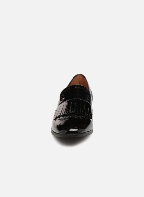 Loafers Georgia Rose Tichoca Black model view
