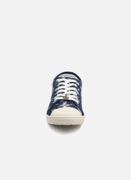 Baskets Molly Bracken Baldrid Bleu vue portées chaussures