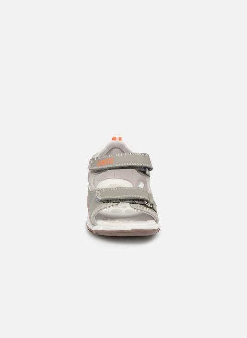 Sandales et nu-pieds Chicco Cargo Gris vue portées chaussures