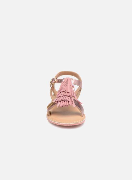 Sandales et nu-pieds Les Tropéziennes par M Belarbi Iness Rose vue portées chaussures