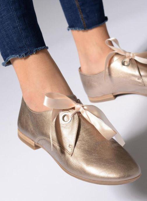Chaussures à lacets Georgia Rose Astral Bleu vue bas / vue portée sac