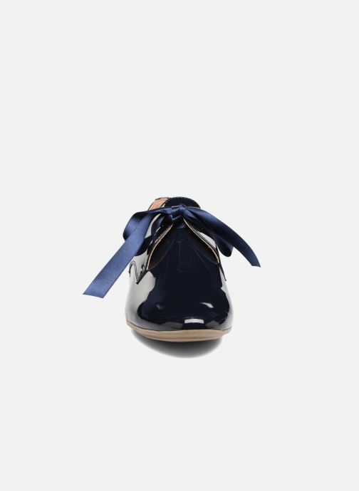 Chaussures à lacets Georgia Rose Astral Bleu vue portées chaussures