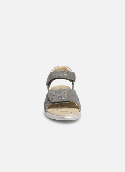 Sandalen Superfit Maya grau schuhe getragen