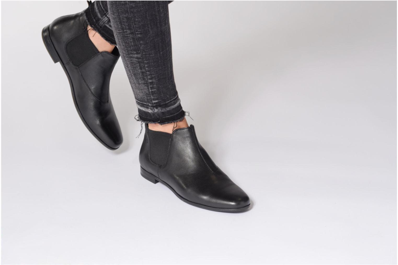 Bottines et boots Vagabond Shoemakers Marilyn 4502-101 Noir vue bas / vue portée sac